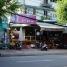 Early Saturday on Van Tan Street
