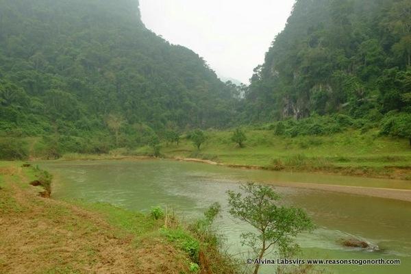 Rivercrossing