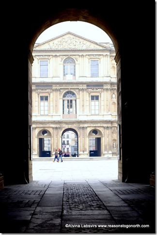 Louvre Archway