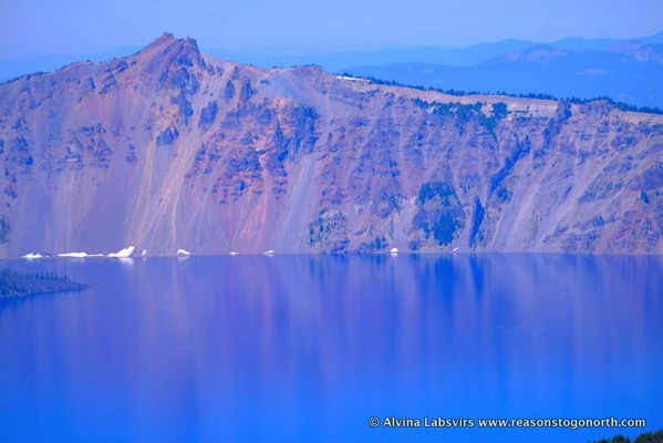 Crater Lake colours